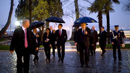 Barack_obama_walks_on_water