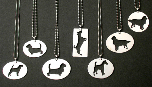3_dog_lookout_pendants