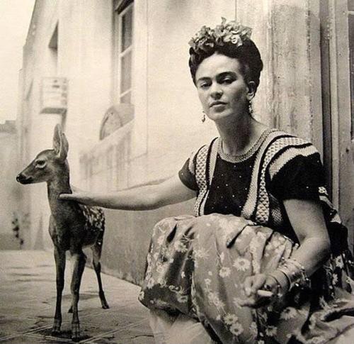 Frida_kahlo_fawn