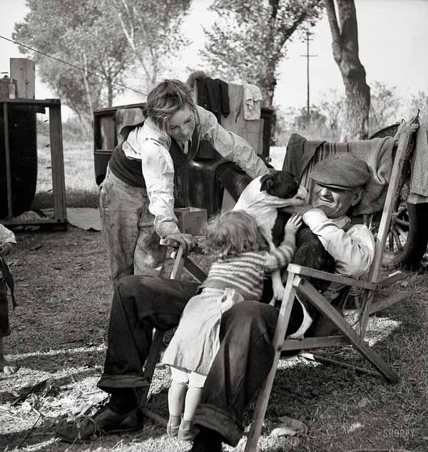 Dorothea_lange_destitute_family_great_depression_1936