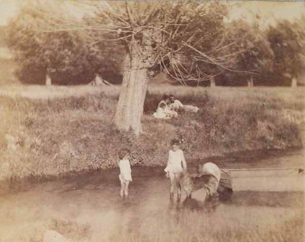 Thomas_eakins_photograph_three_children_dog_in_creek