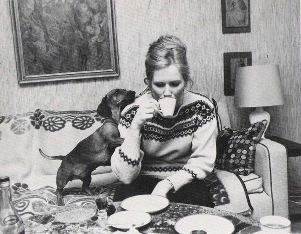Liv-ullmann-and-dachshund