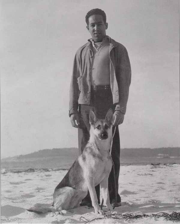 Everyday-dogs-langston-hughes-with-greta-german-shepherd-1933