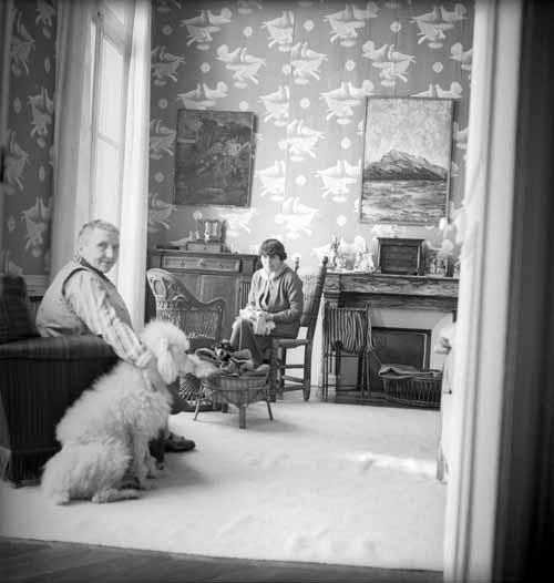 Gertrude-stein-alice-b-toklas-cecil-beaton-1938