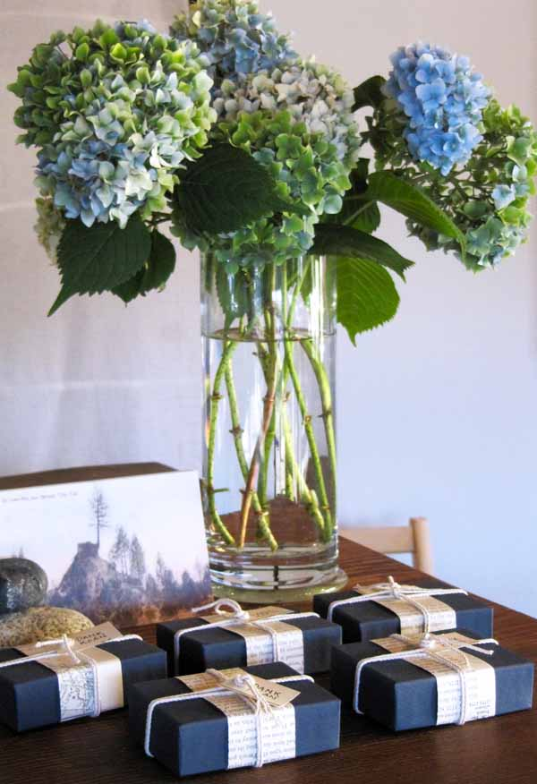Dank-Koans-with-hydrangeas-by-roseanne-burke-600