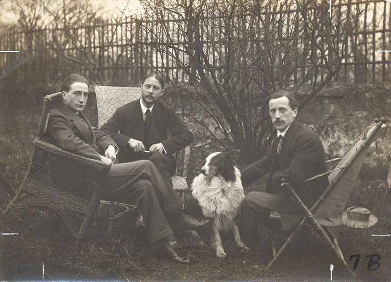 The-Duchamp-brothers-Marcel-Duchamp- Jacques-Villon-Raymond-Duchamp-Villon-ca 1913