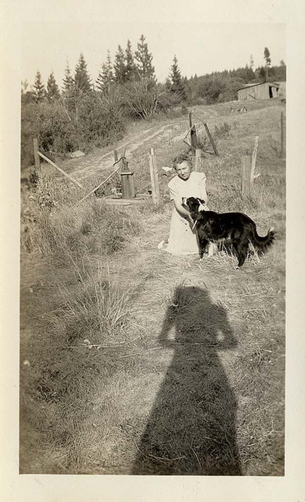 Vintage-photo-of-dogphotography with-long-shadows
