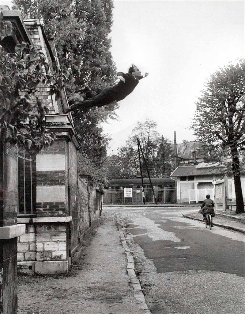 Yves-klein-leap-into-the-void-by-harry-shunk-1960