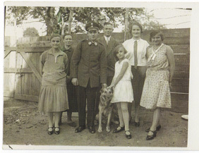 Dogs_vintage_soldier_2