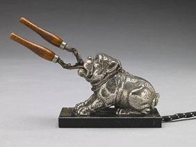 Antique_bulldog_curling_iron