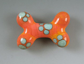 Glass_dog_bone_3